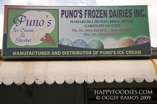Punos Ice Cream and Sherbet Signage