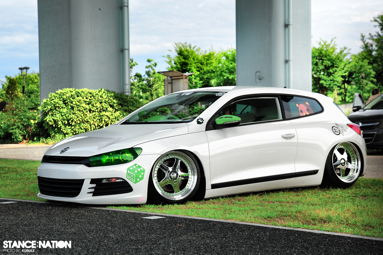 a photo of a VW Scirocco.