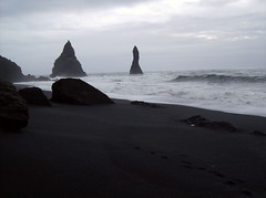 isw (smadventure) Tags: ocean mountain mountains blacksand iceland waves falls atlantic vik glacier waterfalls volcanic atlanticocean blacksandbeach
