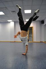 Piao de Mao (Warwick Uni Capoeira Society) Tags: capoeira sportscentre beribazuwarwick