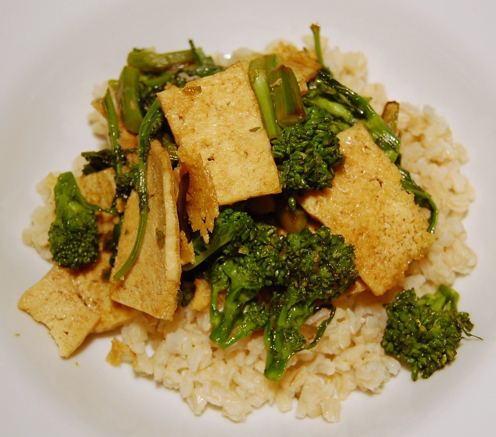 Pan-Cooked Greens with Tofu and Garlic