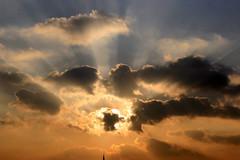 Sonnenuntergang über Bonn (Jörgenshaus) Tags: sunset clouds germany deutschland bonn sonnenuntergang wolken rheinland bigmomma challengeyouwinner pfogold beautifulworldchallenges thechallengefactory yourock1stplace