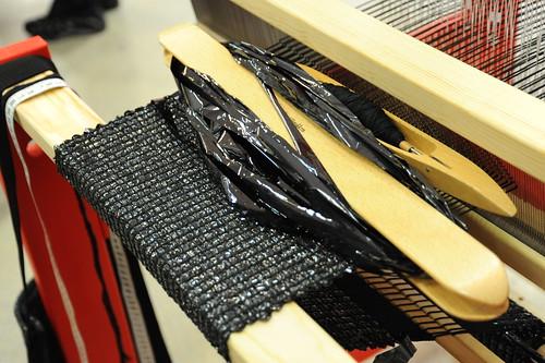 ビデオテープで裂き織り
