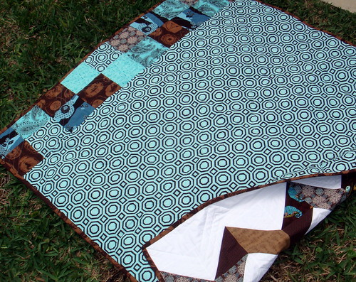 blue brown zig zag quilt back