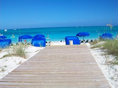 (mebemelissa) Tags: ocean umbrella island islands sand chair walk board beaches boardwalk beyond turks caicos