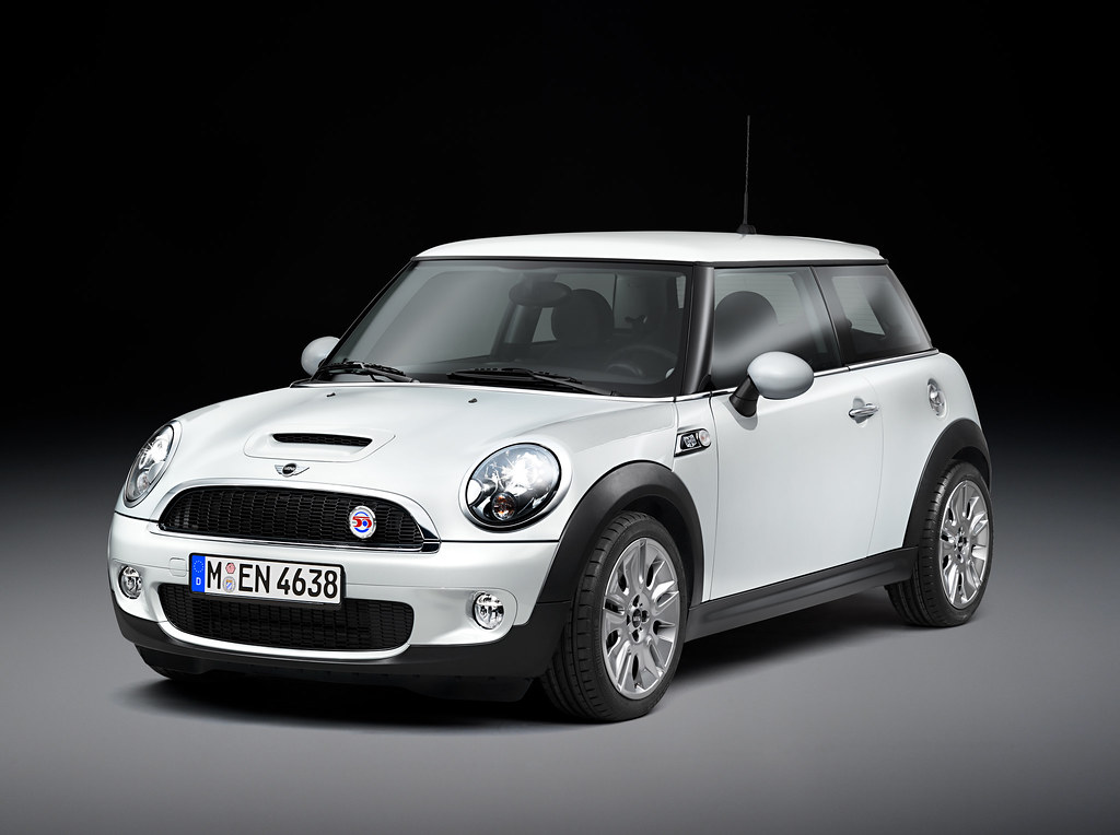 Mini Officially Retires The Color Mellow Yellow Motoringfile