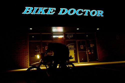 Jones_090325_BikeDoctor_02