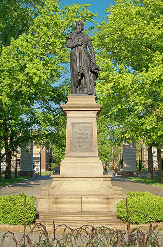 Tower Grove Park, in Saint Louis, Missouri, USA - statue of Christopher Columbus