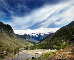 Beautiful Valley of Kaghan (Tanwir Jogi) Tags: pakistan sky clouds trek naran saifulmaluk trekkerz snowkaghan