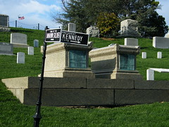 Arlington Cemetery, Washington (Alindbt) Tags: cemeteries usa grave arlington america washingtondc us dc washington unitedstates tomb tumba tomba gravesite arlingtoncemetery cementerios cimetières