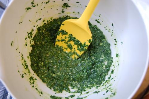 spinach pesto: a resounding eh