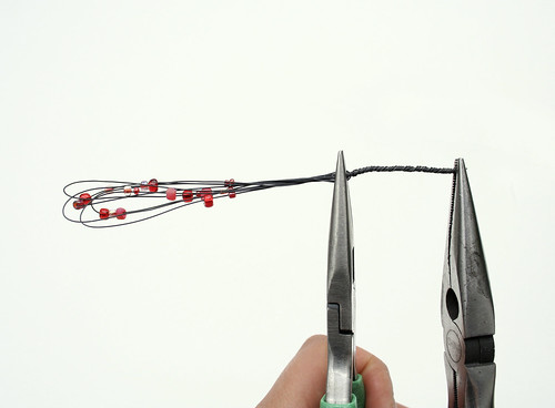 How to use pliers