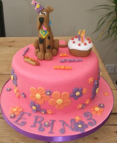 Erins pink scooby doo cake.