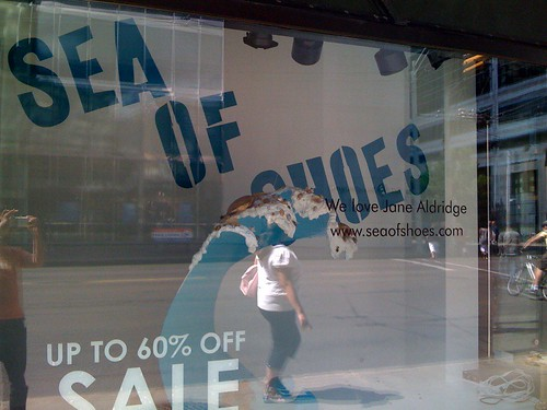 HRseaofshoes