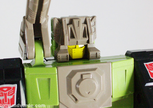 Transformers Hardhead G1 Headmaster with Duros - modo robot
