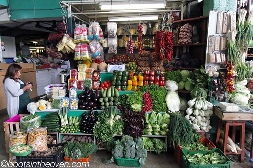 A very pretty vegetable stand