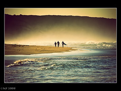 Surfers, Gunnamatta Beach, Victoria (sachman75) Tags: november mist beach sunrise dawn surf australia victoria surfers morningtonpeninsular interestingness286 i500 40d auselite gunnamattabeach artinoneshot 18200mmis