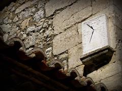 RELOJ SOLAR (abuelamalia49) Tags: pared reloj texturas piedras urueña relojdesol