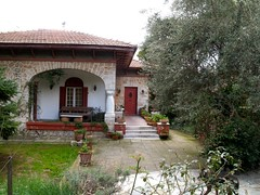 Old House in Kifissia (g_athens [swaping]) Tags: door old house garden athens greece   kifisia  kifissia