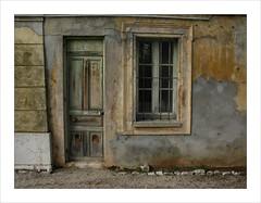 Eileen Roc (Arnu006) Tags: door window front ctedazur porte fentre antibes faade