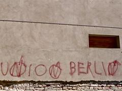Union Berlin (web.werkraum) Tags: street urban streetart berlin germany deutschland typography fan urbanart graffitti april lettering documentation brandenburg 2009 fusball versalien unionberlin prenzlau vertrautheit berlinerknstlerin verortung webwerkraum karinsakrowski streetartbrandenburg schrften