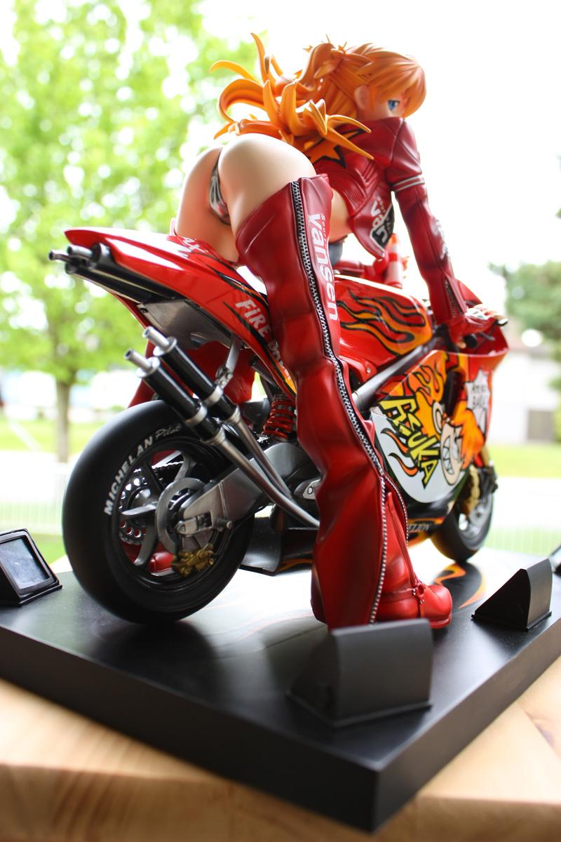 Miniatura de Mulheres de moto, mulher sensual na moto, gostosa em moto, Mulher semi nua em moto, babes on bike with shorts, sexy on bike, sexy on motorcycle, babes on bike, ragazza in moto, donna calda in moto,femme chaude sur la moto,mujer caliente en motocicleta, chica en moto, heiße Frau auf dem Motorrad, thumbnails of babes on bike, thumbnails of Women on bike, anime figure on bike, Miniatura de Azuka de Evangelion em Moto, Azuka de Evangelion figure on bike