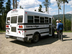 Lion\'s Ridge shuttle bus (Storrs (historical), Montana, United States) Photo