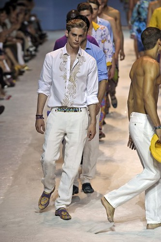 Jeremy Dufour361_SS10_Milan_Etro(first VIEW)