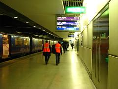 St Pancras International Station, N1C (Tetramesh) Tags: uk greatbritain england london train unitedkingdom britain capital first rail railway londres londra connect stations londen lontoo londyn londn  londona londonas stationlondon stpancrasinternational tetramesh  stationslondon londr geo:lat=51532755 geo:lon=0127737 londonrailwaystations londonrailstations raillondon