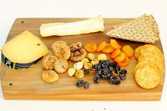 Gouda Fermier, Brie de Meux, Dried Apricots, Dried Figs, Dried Raisins, Rye crispbread knäckebröd, Carr's cheese melts