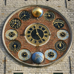 Jubilee Clock (just.Luc) Tags: clock wall circle circles bricks horloge mur dials klok cercle muur briques astronomical cirkel aiguilles cirkels cercles cijfers chiffres supershot bakstenen wijzers cadrans wijzerplaten
