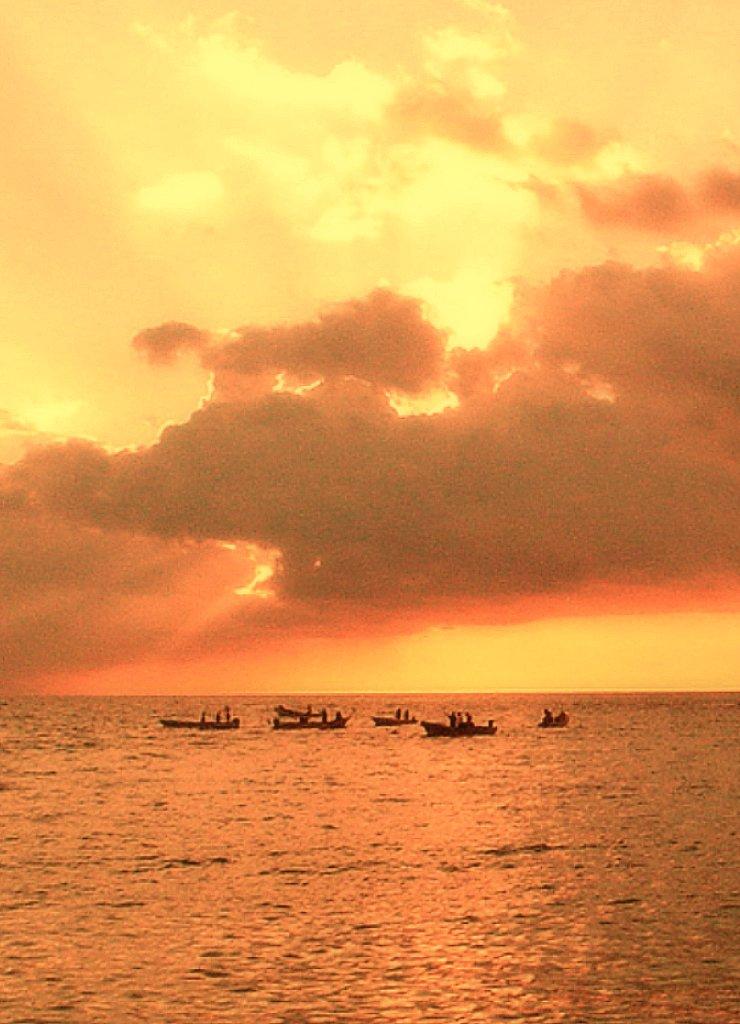 Atardecer en Puerto Escondido, visto desde Carrizalillo. Foto: Iván Rincón