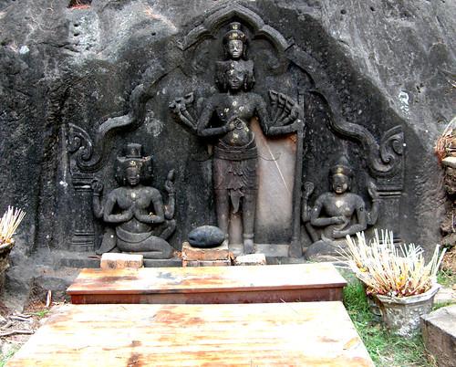 73.印度教神的雕像