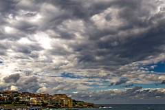Bondi on Saturday (molecule Mike) Tags: beach bondi canon24mmf14l lpsky