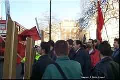 Protesta rreth luftes se Kosoves - 1999 (Cicero Diello) Tags: london kosova kosovo albaniancommunity