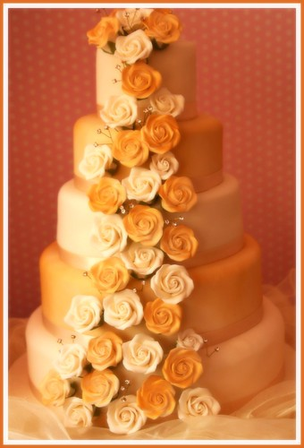 wedding cakegold roses 5 tier taken in store wwwcrumbscakesnicouk