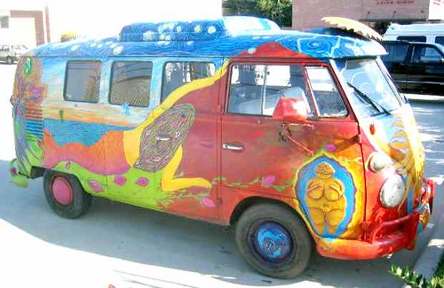 012-hippie-bus-SF-from-spaceace.info