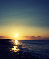 Sunny South East (Michelle in Ireland) Tags: morning blue ireland sea sky orange sun sunlight reflection beach water clouds sunrise coast am waves bright bank shore flare sunburst wexford risingsun sunnysoutheast irishsea kilmore bastardstown flickrsbest mywinners aweekenduploader