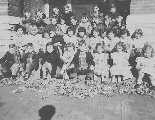 MISS TOOTS SECOND GRADE CLASS, MT WASHINGTON, KCMO 1950