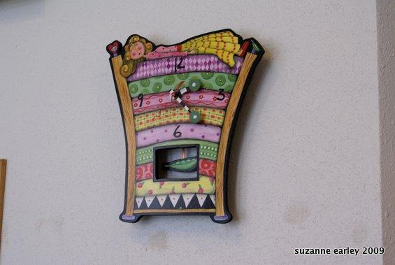 princess & the pea clock