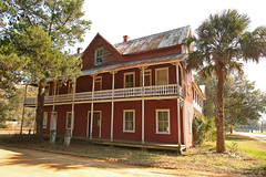 Lake View Hotel-Smith House 1880s (Black.Doll) Tags: hotel florida tinroof interlachen 1880s putnamcounty gingerbreadtrim framevernacular
