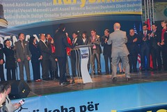 DSC_6227 (RufiOsmani) Tags: macedonia change albanian elections 2009 kombi osmani gostivar rufi shqip flamuri maqedoni gjuha rufiosmani zgjedhje ndryshime politike