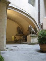 "Inside the medicchi castle • <a style=""font-size:0.8em;"" href=""http://www.flickr.com/photos/36178200@N05/3385953807/"" target=""_blank"">View on Flickr</a>"