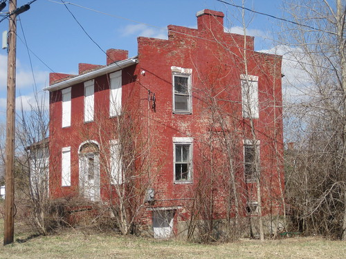 Abandoned/run down house hunting