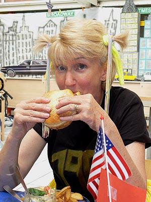 burger eater.jpg