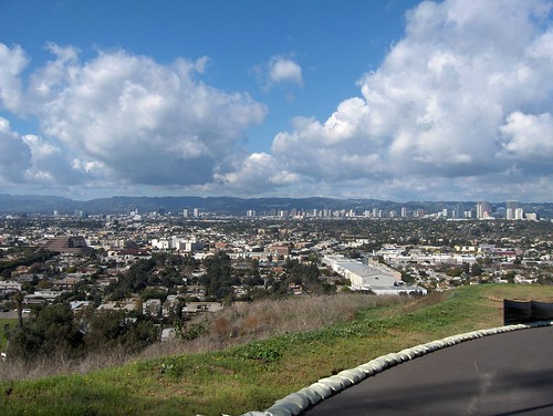 View from Baldwin Hills Scenic Outlook (photo by Jessica Lass)