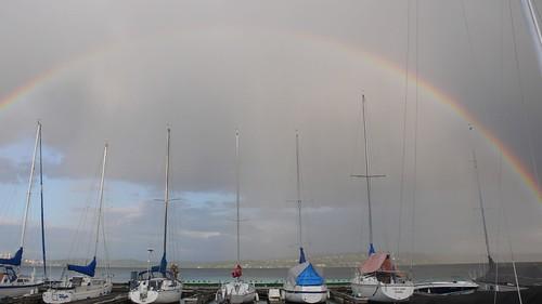 180 度的彩虹