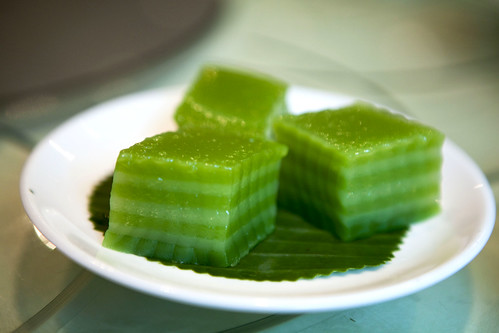 Coconut layered jelly