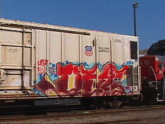 Quit (iStealPics quits) Tags: cars car train graffiti bay track box tracks trains systems system ups transit area oil boxcar hop hopper freight tanker boxcars oiltank tankers hoppers freights sts oiltankers flv upsk