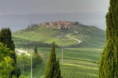 Il paese di Mucigliani - The village of Mucigliani (Tuscany, Italy) (ricsen) Tags: italien italy italia tuscany toscana toscane italie toskana flickrsbest photolovers mostbeautifulpicture mucigliani thenewselectbestni